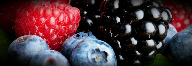 berries-strawberries-blueberries-raspberries-skincare-health