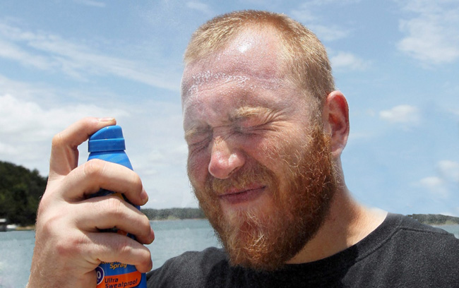 spray-on-sunscreen-warnings-precaution-2